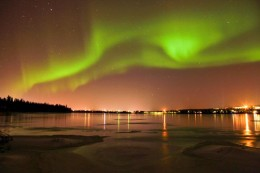 Northern Light safaris by snowmobile (Min. 2 people)